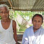 As Kaziranga National Park spreads, residents tear down their homes before they are evicted (State of Assam, India)